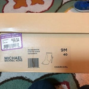 Michael Kors pero toe booties. NWT! Size 9. Gray.